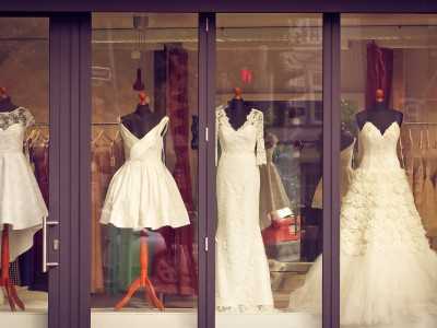 Suknie ślubne i trendy na rok 2021
